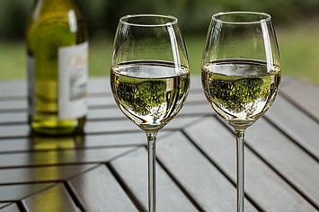 What Does Chardonnay Taste Like?